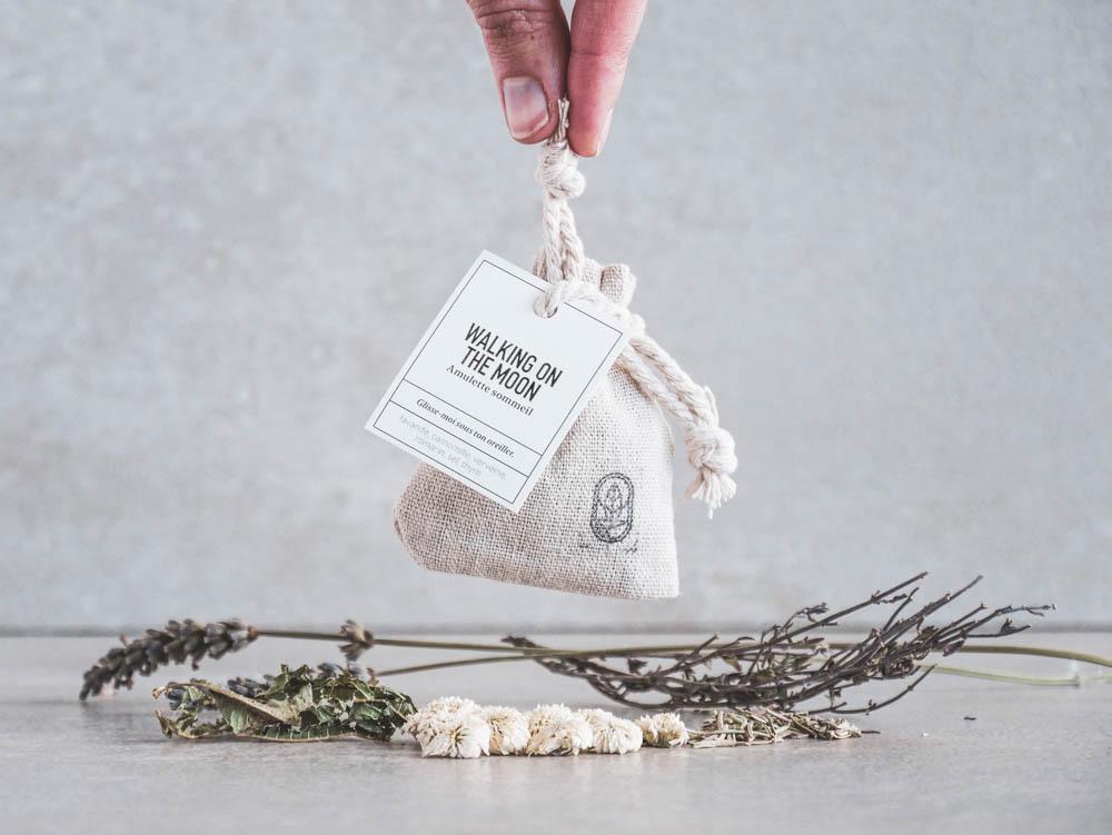 sachet plantes amulette